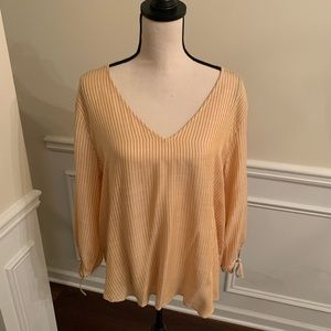 Cute H&M Top - Never Worn - size 10